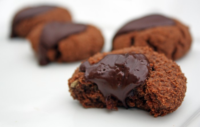 The Food Lovers Kitchen: Chocolate Thumbprint Cookies