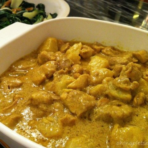 Easy Coconut Chicken Curry with Potatoes