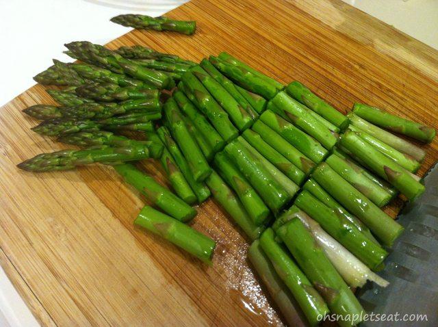 Super Easy Asparagus Stir Fry with Garlic