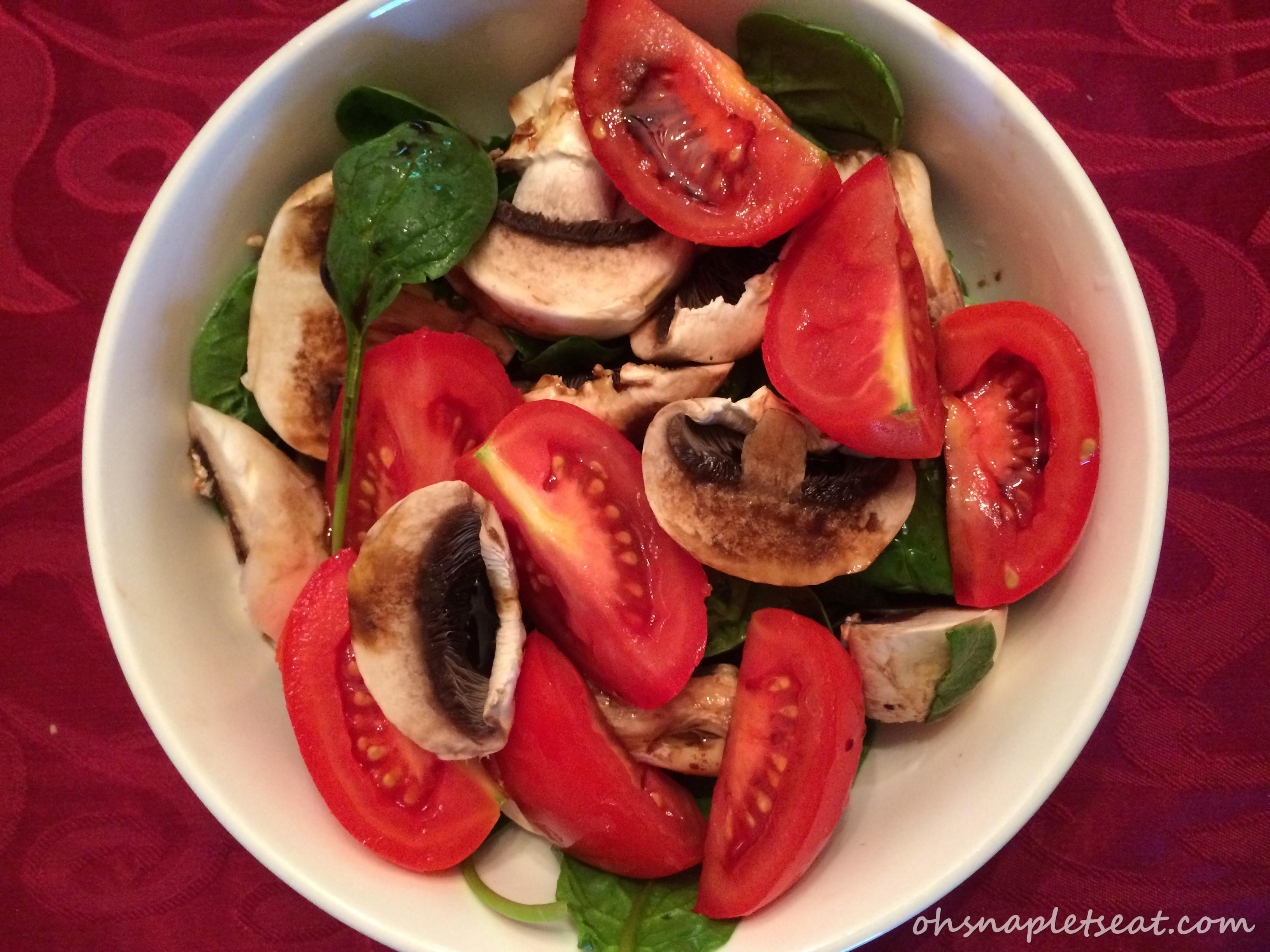 tomato mushroom spinach salad
