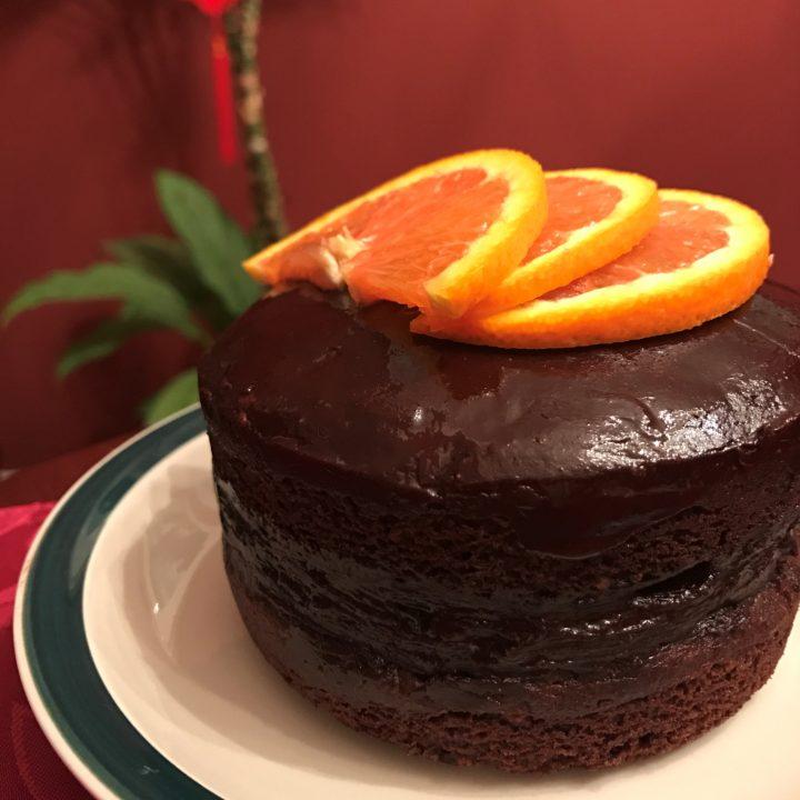 Mini Paleo Chocolate Cake (with Ramekins)