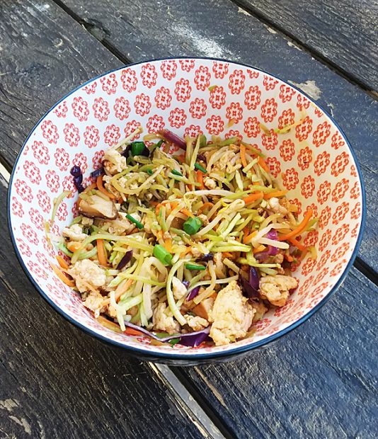 Paleo Chicken Egg Roll in a Bowl