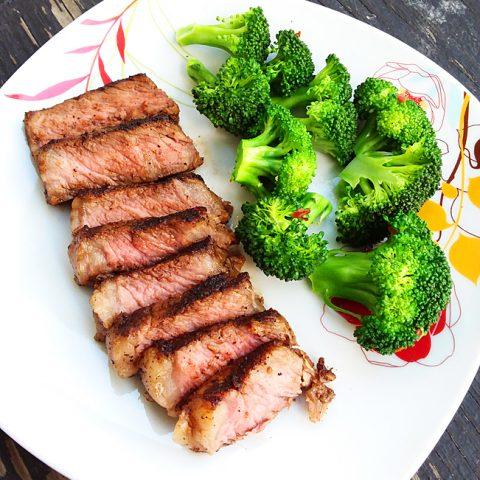 Southwestern Spiced Sirloin Steak (Paleo, Gluten Free)