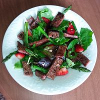 Steak and Strawberry Salad with Balsamic Vinaigrette