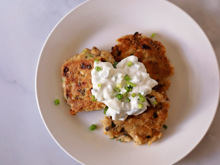 Salmon Patties with Cucumber Dipping Sauce