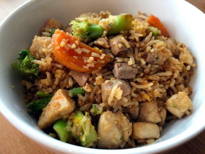 Easy Fried Rice (Chicken + Frozen Veggies)