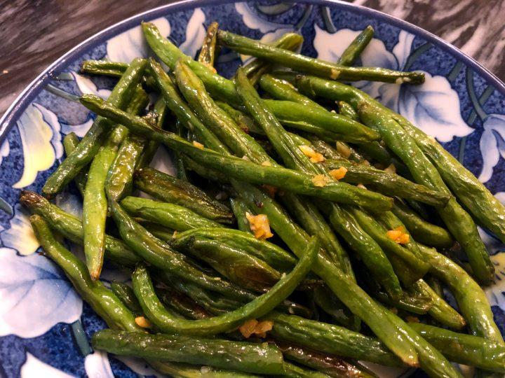 Oven Roasted Garlic Butter Green Beans