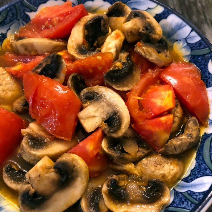 Stir Fried Mushrooms and Tomatoes