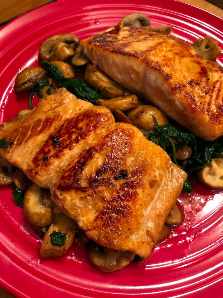 Pan Seared Salmon with Spinach and Mushrooms